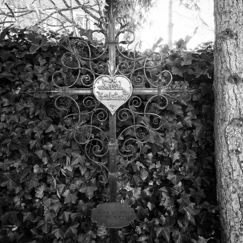 The grave of Elisabeth Wellano, otherwise known as Liesl Karlstadt, a famous local actress