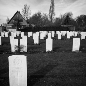 Irregular spacing of burials. The ADS bunkers are just off the top right corner of this image.