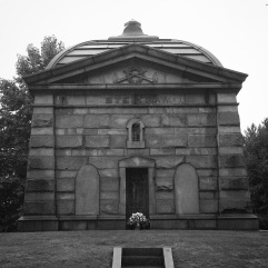 I'm a little disappointed the Steinway mausoleum doesn't look like a piano