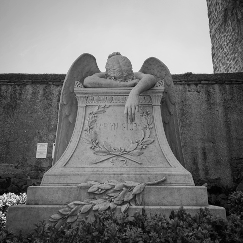 Story monument