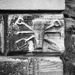 Gravediggers crest